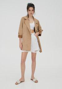PULL&BEAR - Short coat - mottled beige - 1