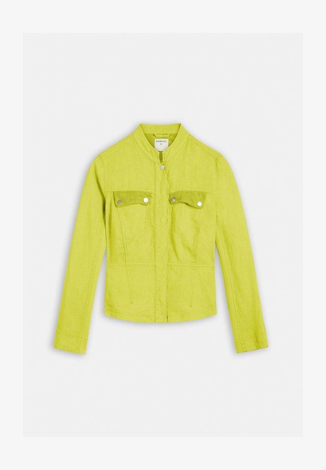 MIT NETZDETAILS - Summer jacket - grã¼n