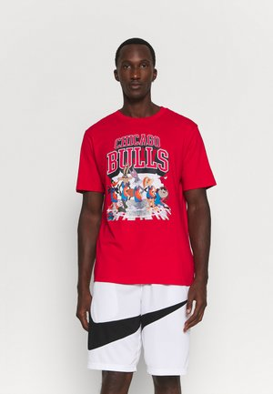 NBA CHICAGO BULLS SPACE JAM 2 TUNES ON COURT TEE - T-shirt imprimé - red