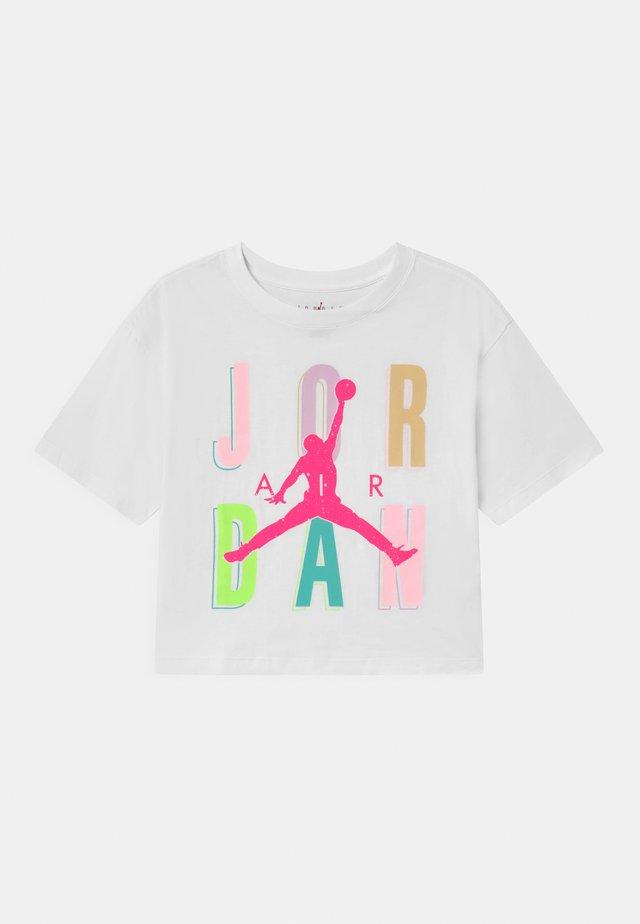 SWEETS & TREATS - T-shirt print - white