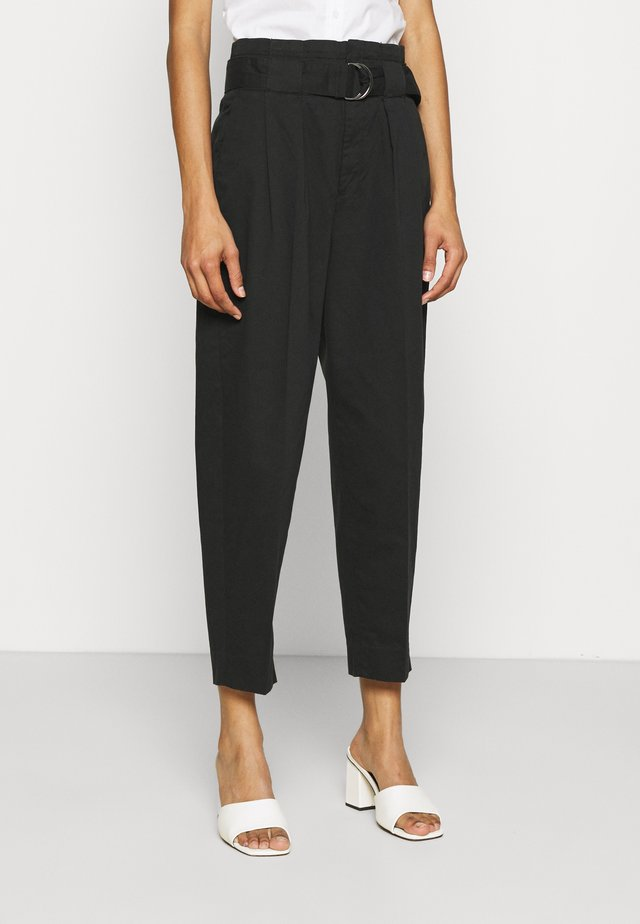 TAPER TROUSER - Pantaloni - black