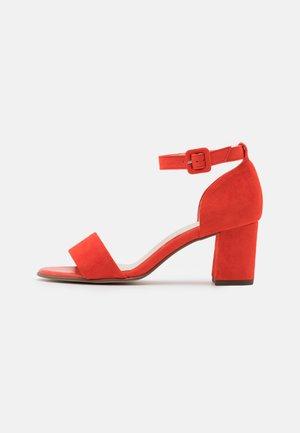 FLORENTINE - Sandaalit nilkkaremmillä - tango