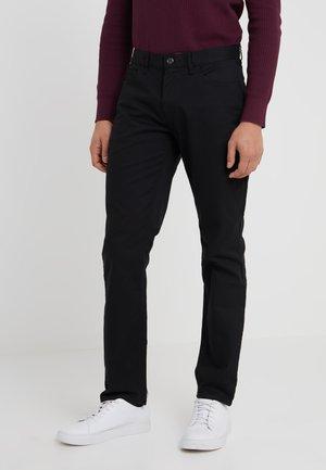 STRETCH BRUSHED PANT - Chinos - black