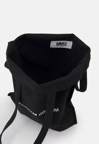 MM6 Maison Margiela - BORSA - Velká kabelka - black - 3