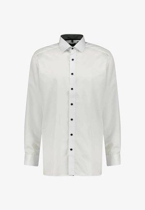 MODERN FIT - Shirt - weiss