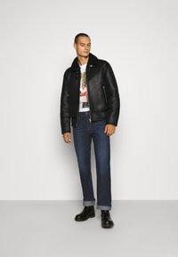 Diesel - D-MIHTRY - Straight leg jeans - 009eq 01 - 1
