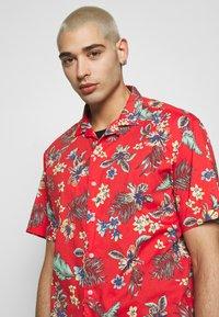 Superdry - HAWAIIAN BOX - Shirt - vintage tropical red - 4