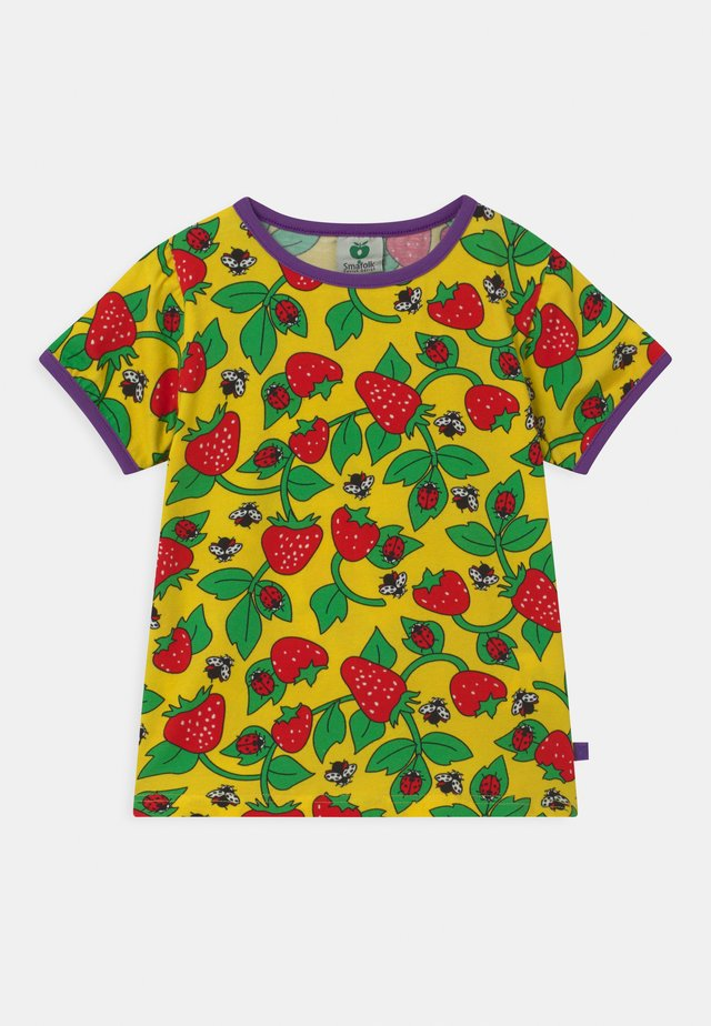 STRAWBERRY - Print T-shirt - yellow