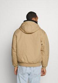 Carhartt WIP - ACTIVE JACKET DEARBORN - Light jacket - dusty brown - 2