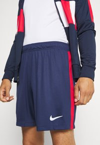 Nike Performance - Pantalón corto de deporte - midnight navy/white - 4