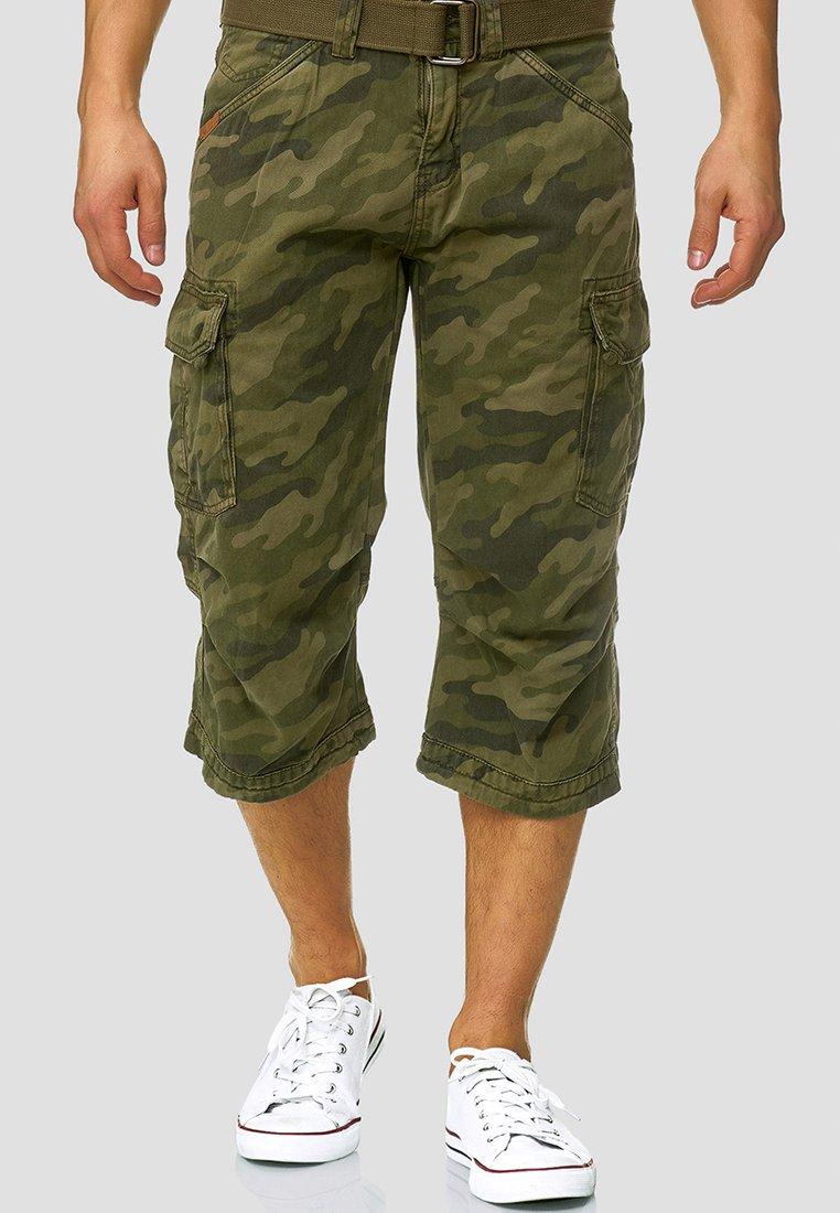 INDICODE JEANS - MIT GÜRTEL NICOLAS - Shorts - mottled dark green