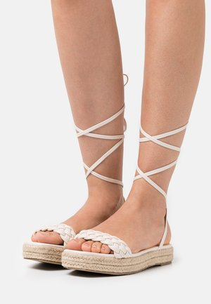 ANASTASIA - Platform sandals - white