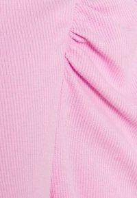 Pieces Petite - PCANNA T NECK - Long sleeved top - pastel lavender - 2