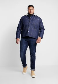 Jack & Jones - JJIHANK JJJACKET  - Veste en jean - blue denim - 1