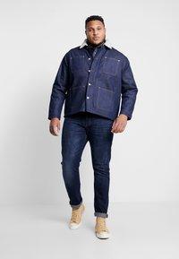 Jack & Jones - JJIHANK JJJACKET  - Denim jacket - blue denim - 1