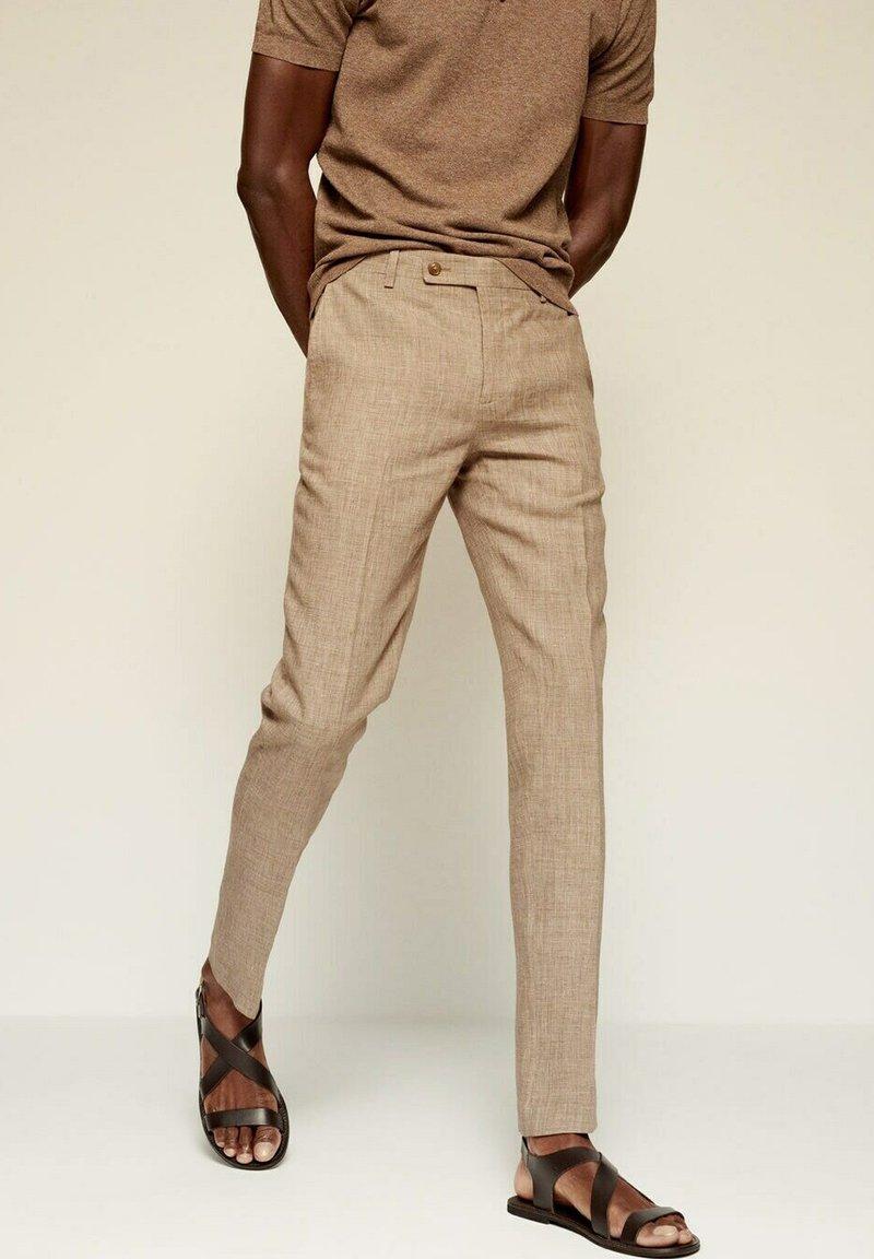 Mango - MIAMI - Pantaloni eleganti - beige