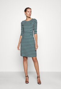 King Louie - MONA DRESS - Jersey dress - peridot green - 0