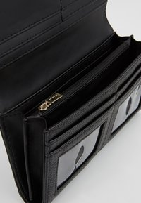 Guess - ARETHA FILE - Portefeuille - black - 5