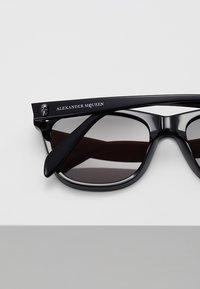 Alexander McQueen - Sunglasses - black - 5