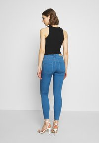 ONLY - ONLRAIN  - Skinny-Farkut - light blue denim - 2