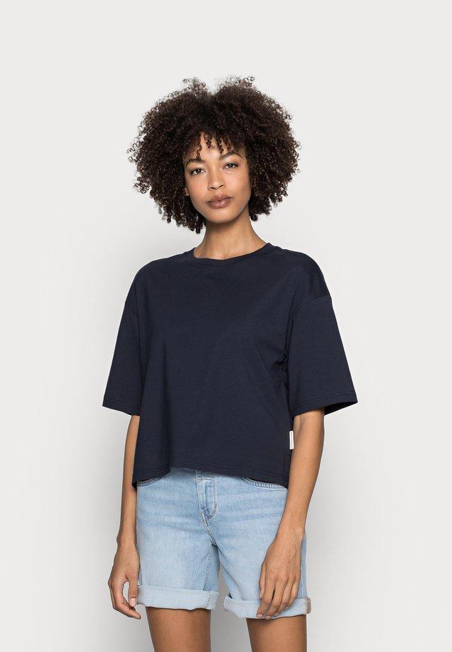 T-shirt basic - night sky
