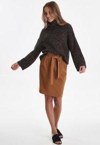 ICHI - IHUDELE - Pencil skirt - mocha bisque - 1