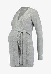 Zalando Essentials Maternity - Neuletakki - mid grey melange - 4