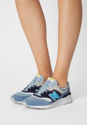 CW997 - Trainers - navy/grey
