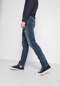 Nudie Jeans - LEAN DEAN - Slim fit jeans - born blue - 3