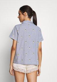 GAP - POPLIN - Pyjama top - light blue/yellow - 2