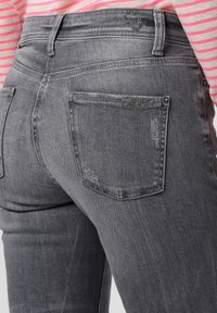 Cambio - Slim fit jeans - silber - 4