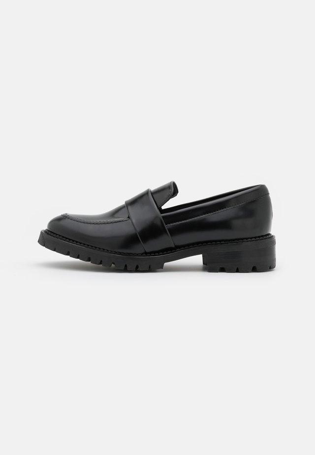 ELENA VEGAN - Nazouvací boty - black