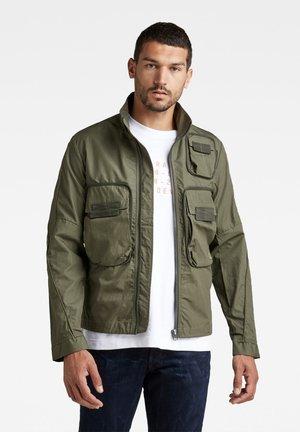 BOUND POCKET TRACK BOMBER - Summer jacket - green