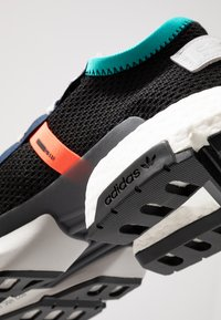 adidas Originals - POD-S3.1 - Trainers - core black/solar red - 5