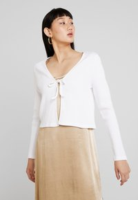 Monki - MATHILDA CARDIGAN - Kardigan - white light - 0