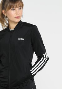 adidas Performance - ESSENTIALS 3STRIPES SPORT TRACKSUIT - Tracksuit - black/white - 5