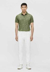 J.LINDEBERG - Pantaloni - white - 1