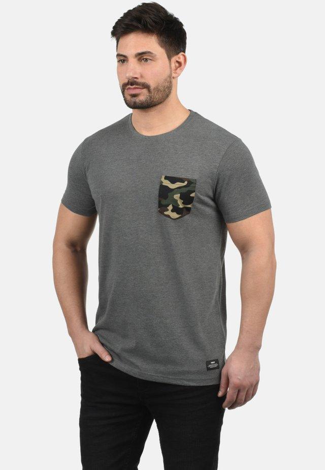 CALVIN - Print T-shirt - grey melange