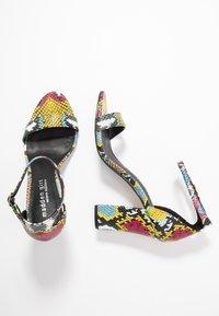 Madden Girl - BEELLA - Sandály na vysokém podpatku - bright multicolor - 3