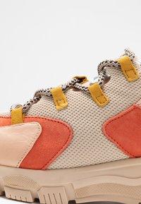 Toral - Sneakers basse - almendra/cumbia giusy - 2