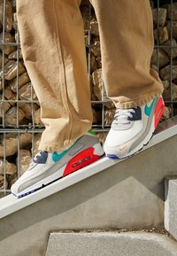 Nike Sportswear - AIR MAX 90 SE M2Z - Sneakers - pearl grey/sport turquoise/summit white/black - 2