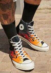 Converse - CHUCK TAYLOR ALL STAR 70 ARCHIVE PRINTS REMIXED - High-top trainers - black/enamel red/bold mandarin - 7