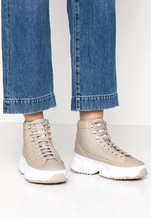 KIELLOR XTRA  - High-top trainers - light brown/footwear white