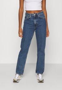 Weekday - VOYAGE ECHO - Jeans a sigaretta - standard blue - 0