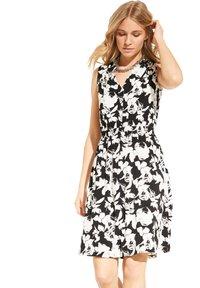 comma - Jersey dress - black floral print - 3