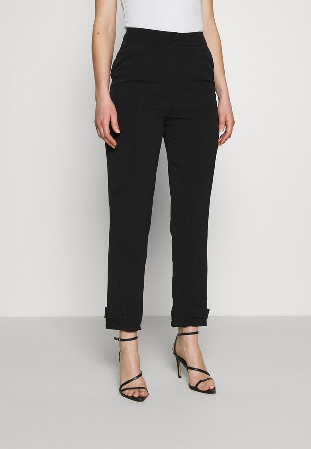 CURTIS TROUSER - Broek - black
