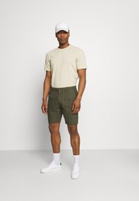 Only & Sons - ONSLEO - Shorts - olive night - 1