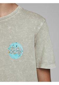 Jack & Jones Junior - Print T-shirt - drizzle - 3