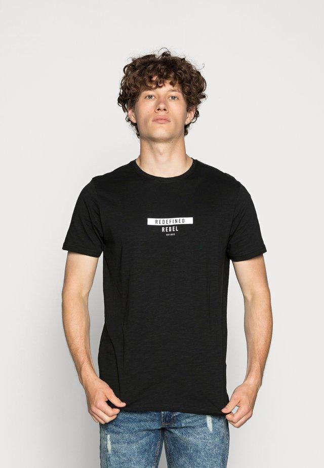 TEE OPTION - T-shirt print - black