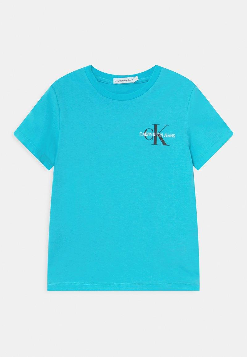 Calvin Klein Jeans - CHEST MONOGRAM UNISEX - Printtipaita - bright sky